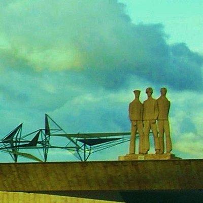 Monumento ,en el Barrio de Glória.