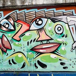 Street art by Grolou.