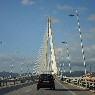Ponte Rion Antirion [ponte di Poseidone] - è il ponte strallato più lungo del mondo con i suoi 2