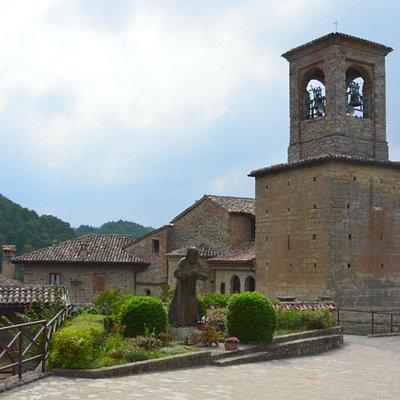 Eremo di Sant'Alberto di Butrio, l'entrata