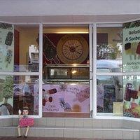 100% natural ice creams & sorbet