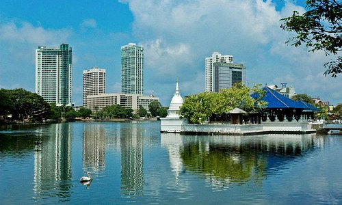Colombo with berei lake