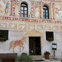 la facciata affrescata del palazzo dipinto di spilimbergo