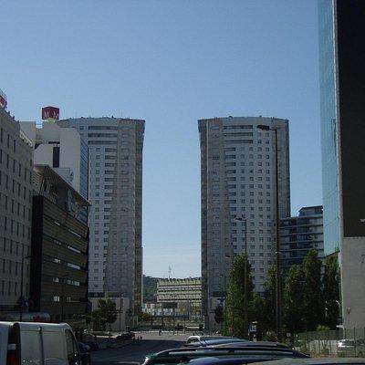 Galerias Twin Towers