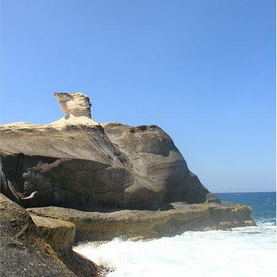 Kapurpurawan rocks 1