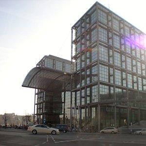 Exterior of Berlin hauptbahnhop