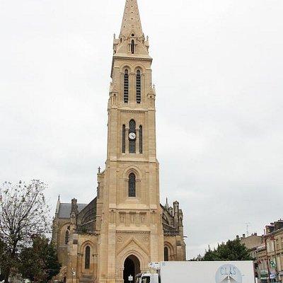 L'Église Notre-Dame et le Quartier Sainte-Catherine