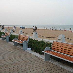 Tanggu's promenade
