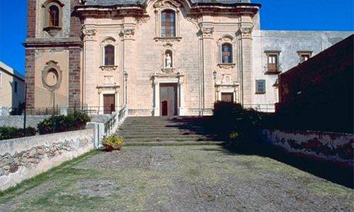 La cathédrale  de  San Bartolomé à Lipari
