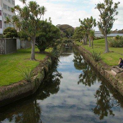 The still water of Otepuni