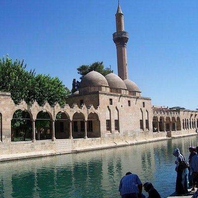 Rızvaniye Camii Balıklı Göl