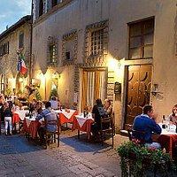 Ristorante  Antica Trattoria La Toppa Centro Storico a San Donato in Poggio