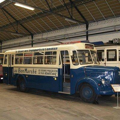 Bus im Museum