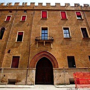 Ingresso Palazzo Pepoli