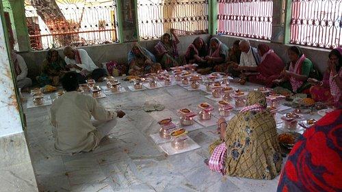 Group Pind Daan at Bishnu Pad Temple, Gaya, Bihar, India