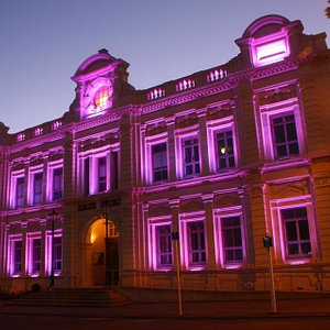 Light show on the opera house.