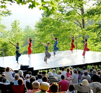 Free Inside/Out performances are held Wednesdays-Sundays during the Festival. (Photo Christopher