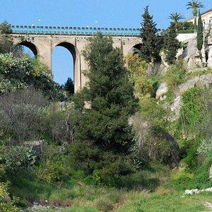Gravina San Marco sotto il ponte