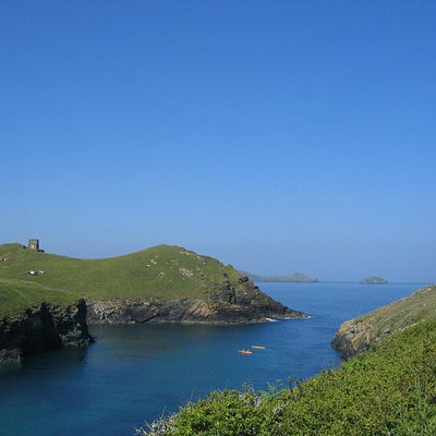 Kayaking in the stunning Port Quin harbor
