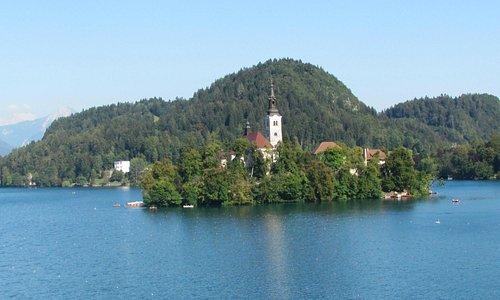 A ilha no centro do lago Bled