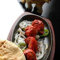 pollastre desosat i marinat fet al tandoori