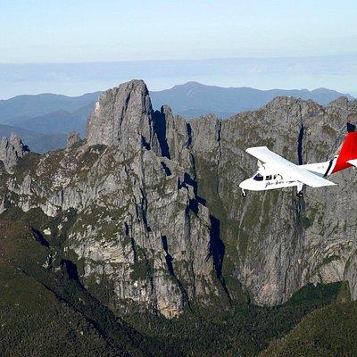 Flying past Federation Peak