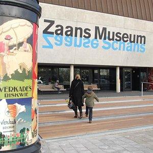 De entree van het Zaans Museum en Verkade Paviljoen