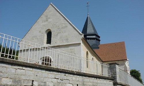 Die Dorfkirche von Giverny