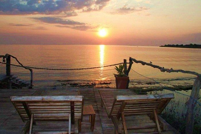 Balcony onto the water (Ndole Bay Lodge)