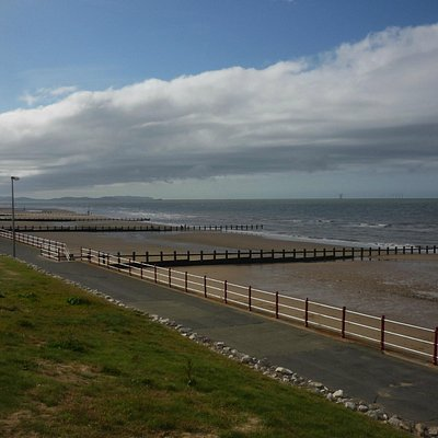 Rhyl East Beach, note lack of holidaymakers!