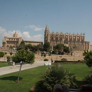 Billede fra pladsen op imod slottet