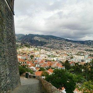 Funchal von oben - Aussicht vom Fortaleza do Pico
