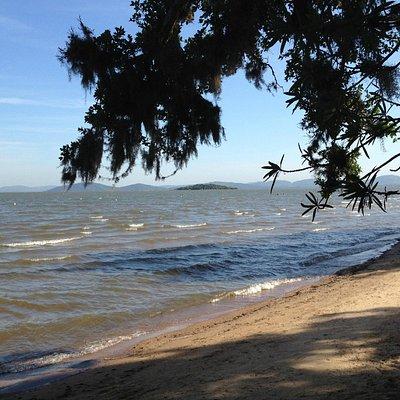 Praia das Pombas no Parque de Itapuã Viamão