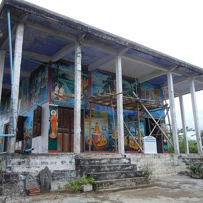 Templo que se usó como cárcel en Phnom Sampeau
