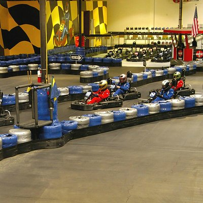 Race track Action
