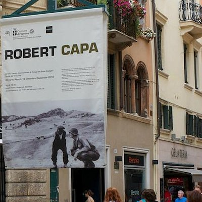 Robert Capa Exhibition, Centro Internazionale di Fotografia Scavi Scaligeri, Verona, Italy