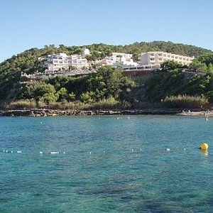 Calla Verde Hotel from the beach