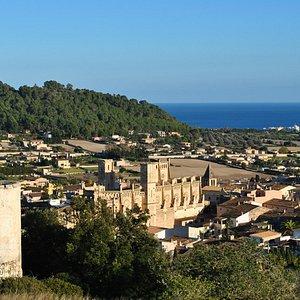Iglesia Nova, Son Servera, Mallorca taken from top of the hill.