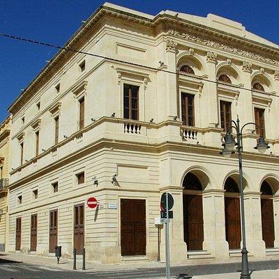 Teatro Garibaldi Facciata