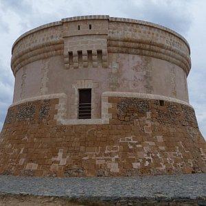 Primer plano de la Torre de Fornells