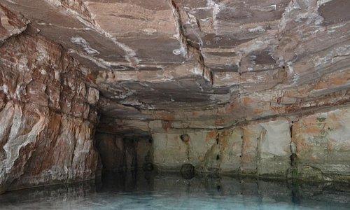 gruta da lagoa azul