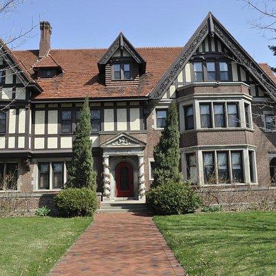 Dittenhoffer mansion.