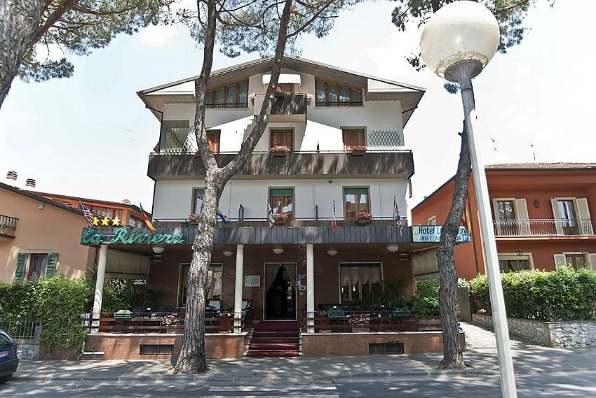 HOTEL LA RIVIERA - Updated 2021 Prices, Reviews, and ...