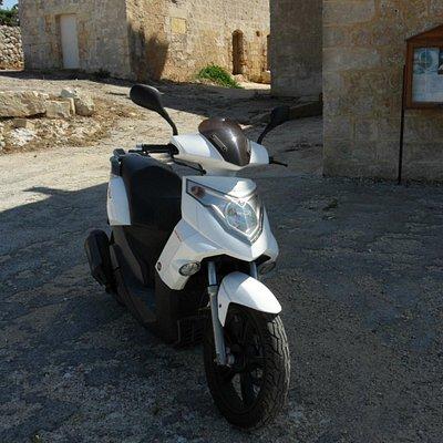 DaScoot: Scooter Tours Malta