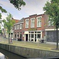 Cheung Kwong, Zilverstraat 3-5 te Franeker