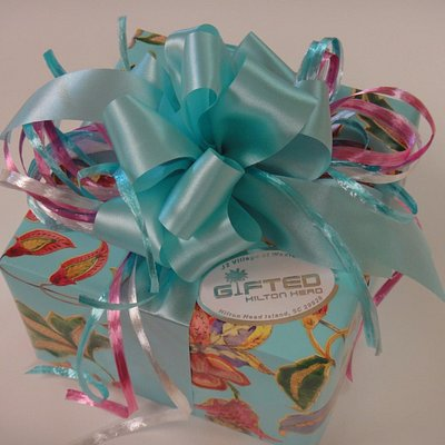 Gifted's gorgeous complimentary gift wrap!