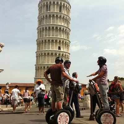 Segway Tour Pisa - under the leaning tower