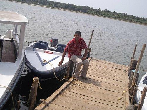 Aaqarsh outside the Chunnambar boat jetty