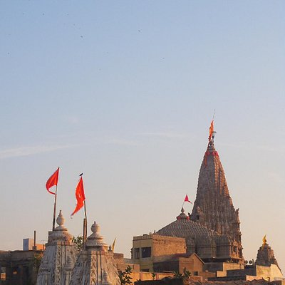 Dwarkadeesh Temple from a Dharamshala