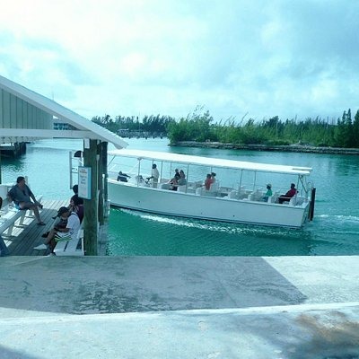 Taino Beach Ferry arriving in Port Lucaya